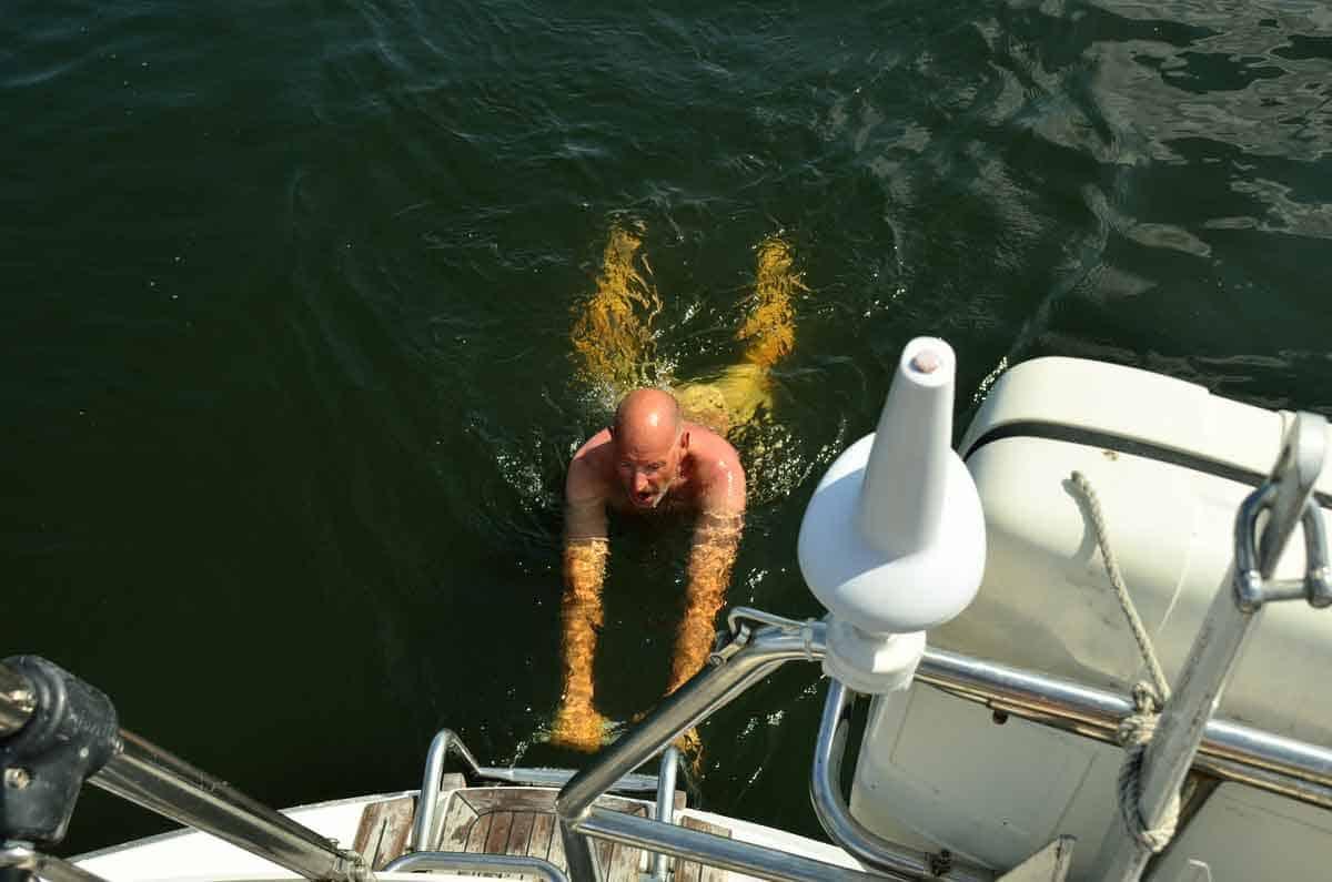 badar efter båten